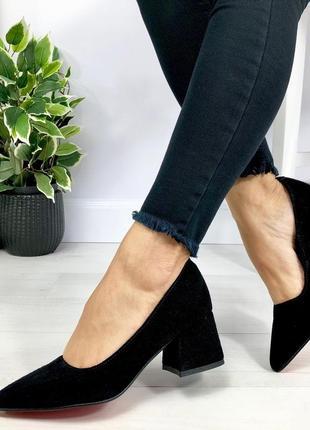 Натуральный замш люксовые черные туфли на среднем каблуке4 фото