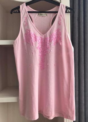 Розовая майка с пайетками