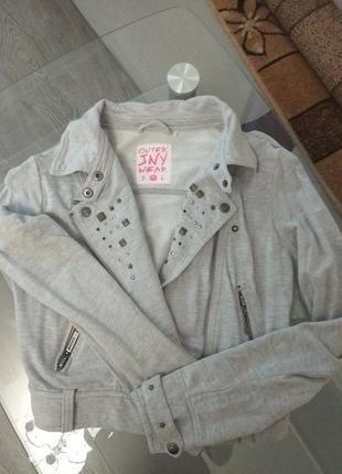 Лёгкая летняя курточка