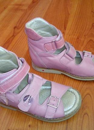 Ортопедические сандали 26 размер