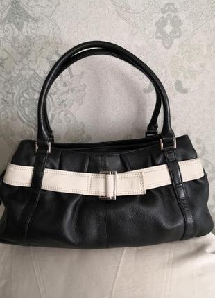 Красивая, стильная кожаная сумочка tommy&kate