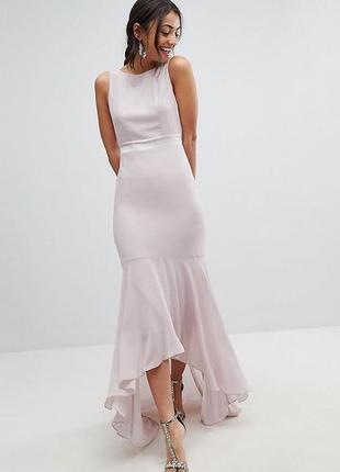 Нежное вечернее платье макси в пол фасон рыбка со шлейфом открытая спина