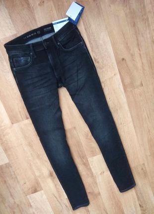 Новые с бирками, мужские брендовые джинсы (slim), черного цвета , размер 30/32,