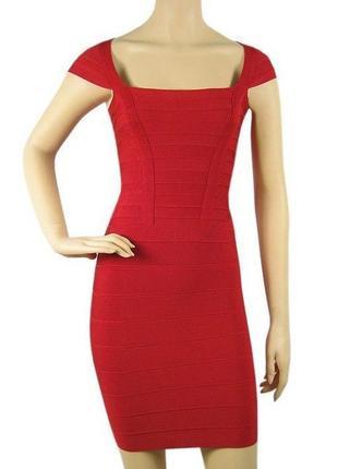 Платье от herve leger