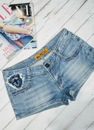 Джинсовые короткие шорты