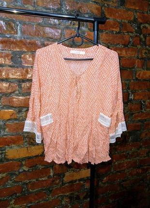 Блуза топ кофточка со шнуровкой трендового кораллового оттенка