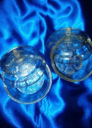 2 вазочки  с крышками для варенья