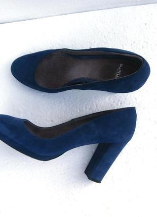 Изумительные васильковые туфли натуральная замша, устойчивый каблук
