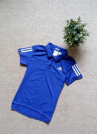 Женская спортивная футболка adidas