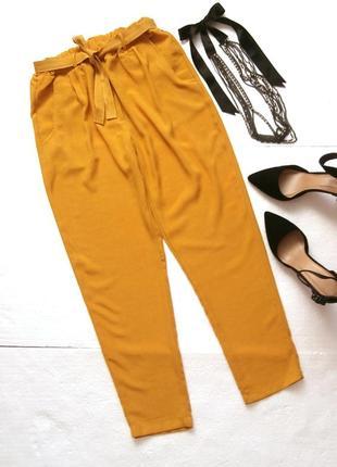 Яркие летние брюки-бананы
