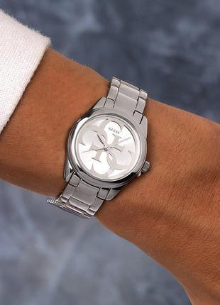 Cтильные женские часы guess с гарантийным талоном