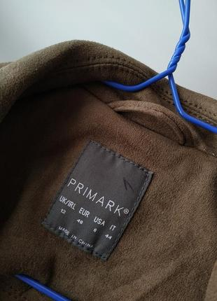 Куртка косуха primark под замш с бахромой в цвете хаки6 фото