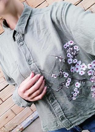 Укороченая рубашка с вышивкой хаки h&m