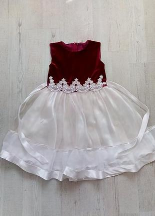 Красивое пышное праздничное белое бордовое  фатиновое велюровое платье на 4-5 лет