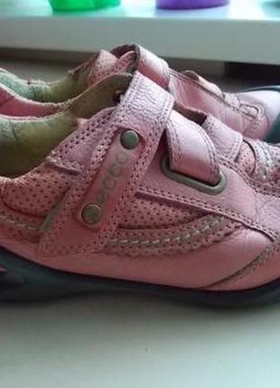 Фирменные демисезонные туфли ботиночки ecco  в школу