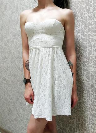 Летний белый сарафан платье с открытым верхом без бретель кружево