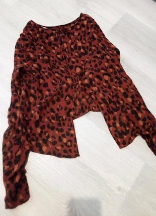 Брендовая блузка укороченная7 фото