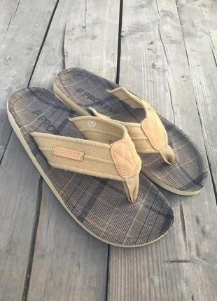 Тапочки шлепанцы въетнамки