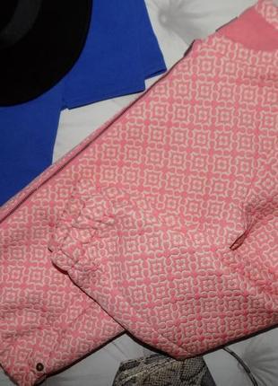Стильная куртка, бомбёр8 фото