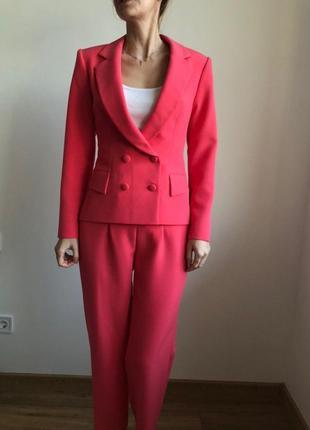 Коралловый костюм elena burba для mary kay