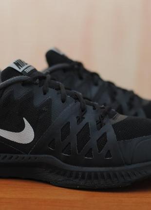 Черные беговые кроссовки nike air epic speed tr ii, найк. 42,5 размер. оригинал