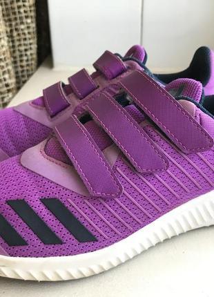 Фирменные кроссовки adidas 34р. оригинал