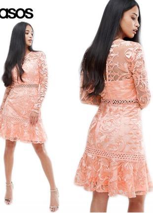 Новое персиковое с кружевом платье миди asos шикарное вечернее выпускное