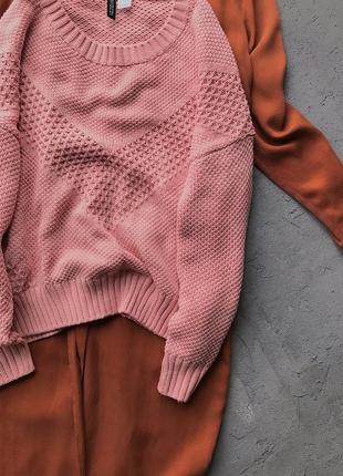 Розовый фактурный свитер h&m 50% хлопок5 фото