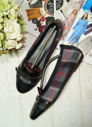 Roberto santi. кожа, текстиль. красивые туфли с текстильными вставками в клетку