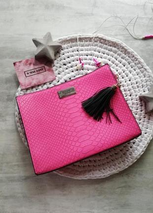 Victoria's secret яркий розовый клатч под питона