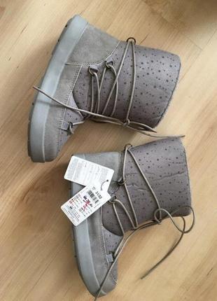 Ботинки на девочку 33/34 р reserved