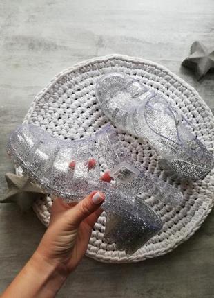 New look силиконовые резиновые серебряные с блёстками босоножки туфли