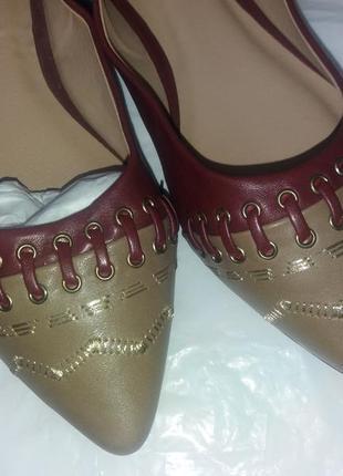 Красивые туфли на низком ходу