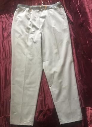 Штаны на защипах мятного цвета новые