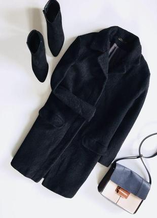 Актуальное теплое пальтишко с рукавом и кармашками