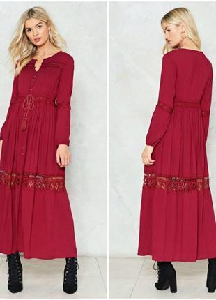 Длинное шикарное платье с кружевными вставками хлопок