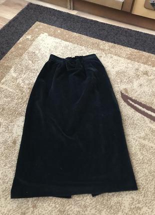 Бархатная велюровая черная юбка миди
