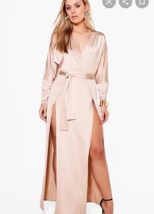 Шикарное сексуальное платье с разрезами пудрового цвета в пол батал