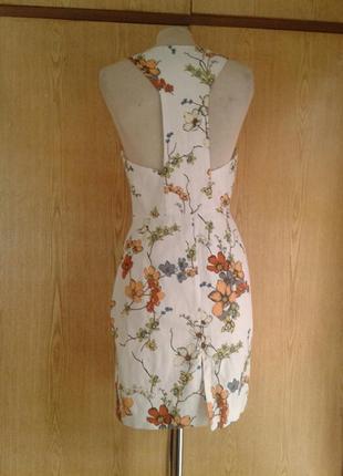 Катоновое белое в цветочек платье,l.