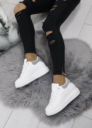 Новые шикарные женские белые кроссовки3 фото