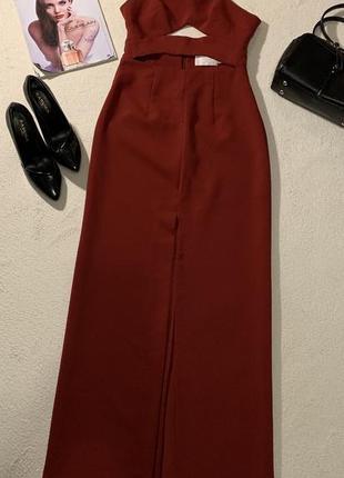 Стильное платье размерs маломерит