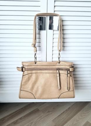 Интересная,вместительная сумка на длинном и коротком ремне