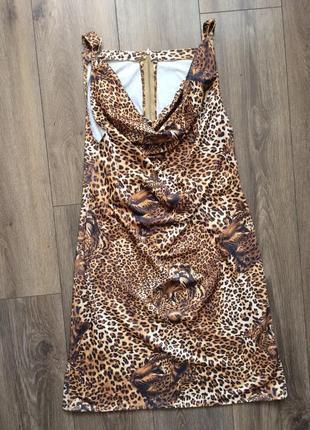Плаття з тигровим принтом