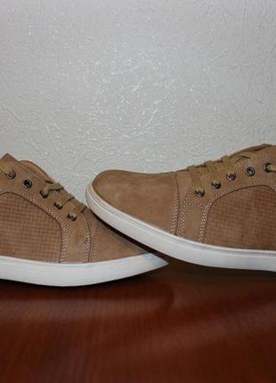 Новые кроссовки -туфли kadiman