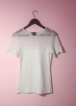 Твоя идеальная белая футболка h&m с кружевными вставками