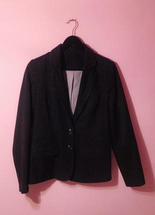 Стильный классический чёрный пиджак жакет в мелкую полоску f&f