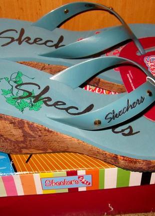 Продам шлепанцы skechers,черные,кремовые,голубые-600гр