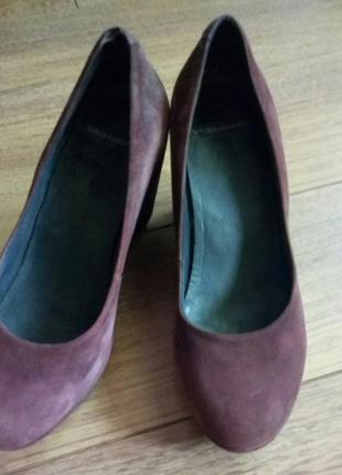 Туфли vagabond нубук  размер 39 винный красивый цвет и удобство