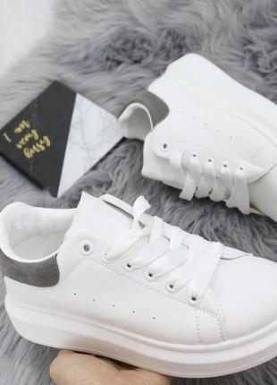 Новые шикарные женские белые кроссовки5 фото