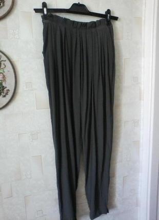 Шелковые брюки с высокой посадкой, шелк от zara, разм.44